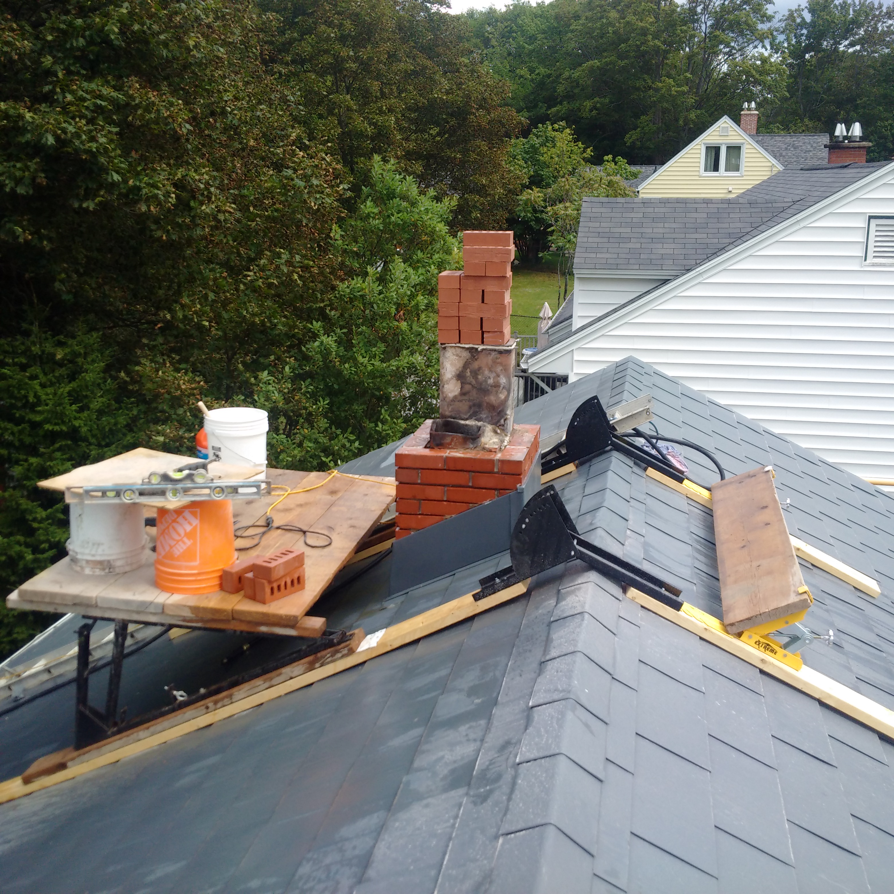 image of chimney liner installation services completed in Halifax-Dartmouth Regional Municipality by Pro Chimney Services based in Halifax, NS servicing all of the Halifax-Dartmouth Regional Municipality, Bedford, Sackville, Mount Uniacke, Windsor, Hantsport , Wolfville, Kentville, Chester, Mahone Bay, Lunenburg, Bridgewater, Liverpool, Fall River, Wellington, Enfield, Elmsdale, Brookfield, Truro, Musquodoboit Harbour & surrounding areas.